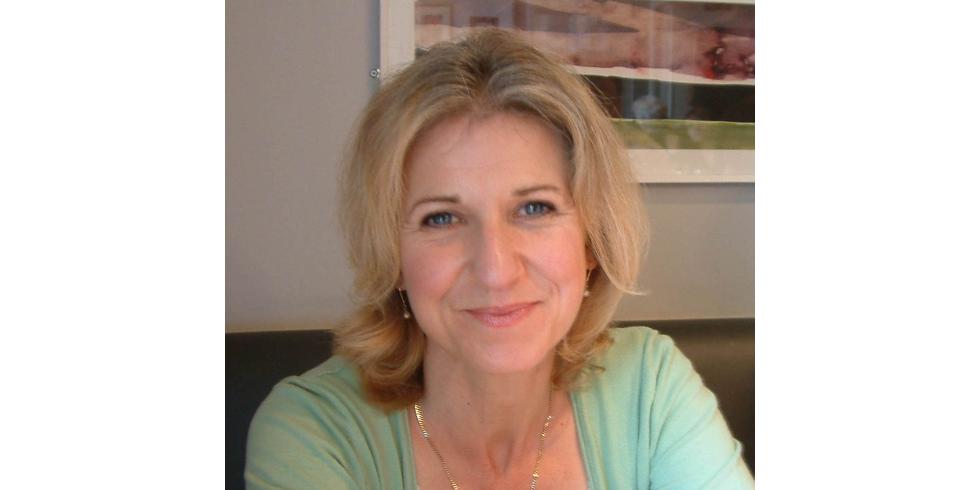 Lyn Hazleton